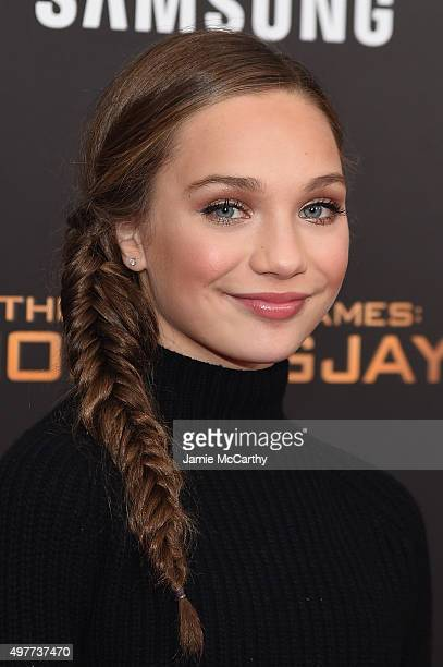 Dancer Maddie Ziegler atttends 'The Hunger Games Mockingjay Part 2' New York Premiere at AMC Loews Lincoln Square 13 theater on November 18 2015 in...