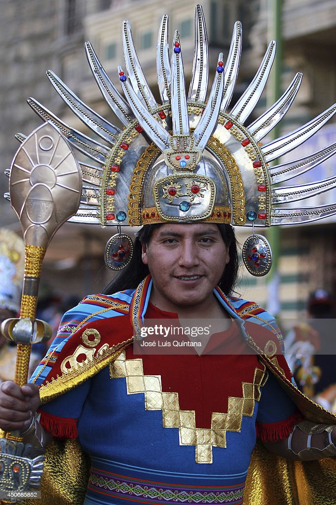 A dancer performs 'the inka', a traditional dance of Bolivia during the religious festival of Jesus del Gran Poder on June 15, 2014 in La Paz, Bolivia. About thirty thousand people attended the event, which is a traditional folk celebration in the country.