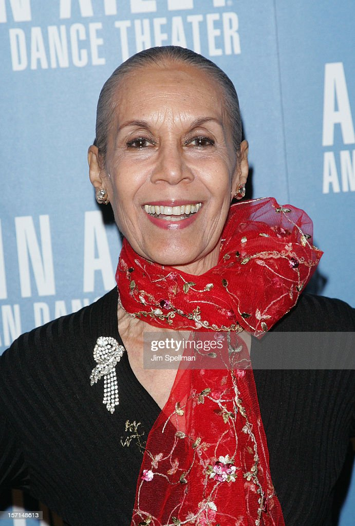 Dancer/choreographer <a gi-track='captionPersonalityLinkClicked' href=/galleries/search?phrase=Carmen+de+Lavallade&family=editorial&specificpeople=984640 ng-click='$event.stopPropagation()'>Carmen de Lavallade</a> attends the Alvin Ailey American Dance Theater Opening Night Gala at New York City Center on November 28, 2012 in New York City.