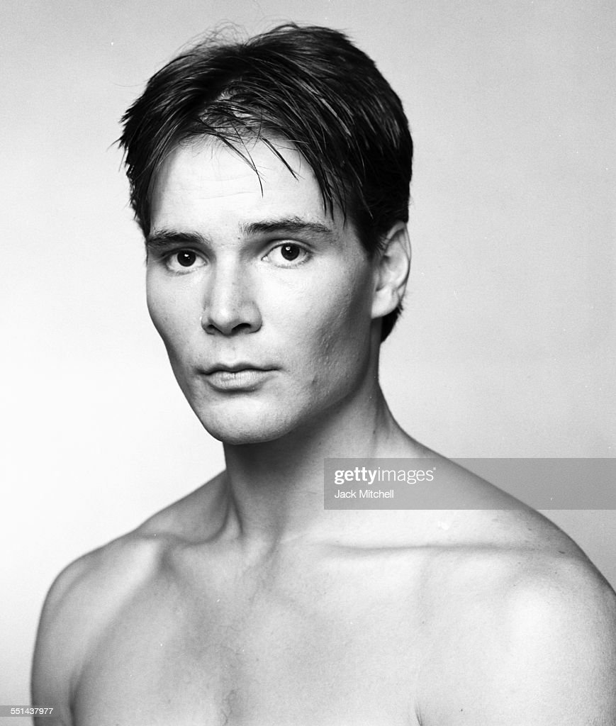 Dancer/choreographer <b>David Parsons</b>, June 1986. - dancerchoreographer-david-parsons-june-1986-picture-id551437977