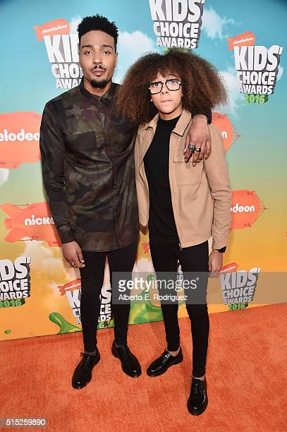 Dancers Jordan Banjo and Perri Kiely attend Nickelodeon's 2016 Kids' Choice Awards at The Forum on March 12 2016 in Inglewood California