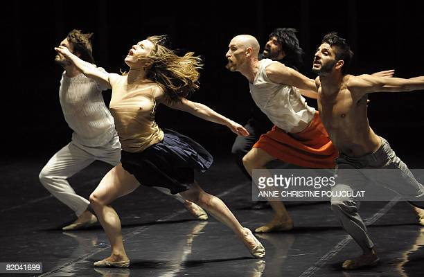 Dancers of Italy's Emio Greco/PC dance company perform on stage in the ballet 'Hell' by choregraphers Emio Greco and Pieter C Scholten on July 22...