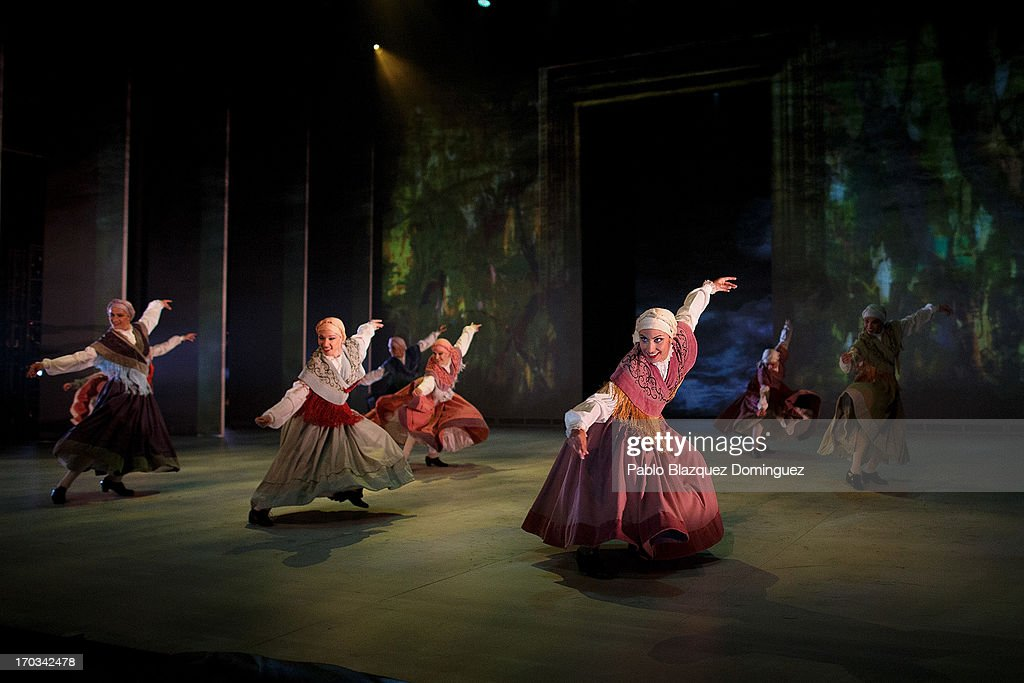 Dancers of the Spanish National Ballet perform during 'Sorolla' presentation at Naves del Espanol on June 11, 2013 in Madrid, Spain.