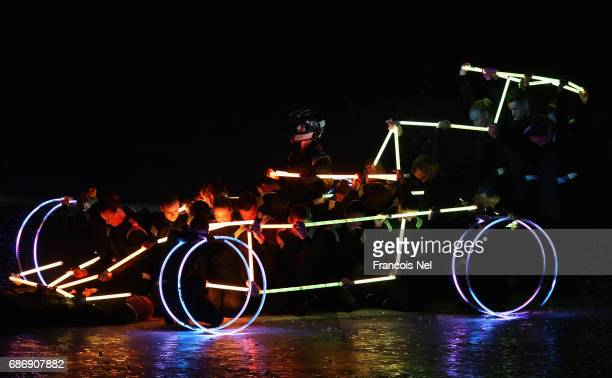 Dancers perform during the Closing Ceremony for the Baku 2017 4th Islamic Solidarity Games at Olympic Stadium on May 22 2017 in Baku Azerbaijan