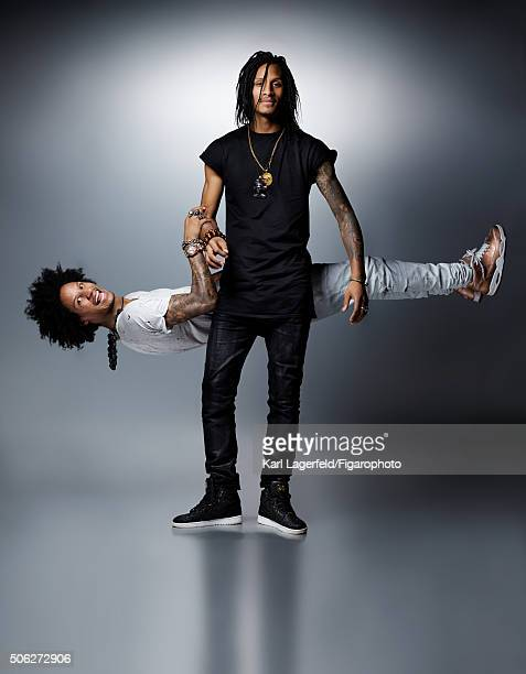 Dancers/choreographers Les Twins are photographed for Madame Figaro on November 18 2015 in Paris France Larry tshirt jeans sneaker Laurent tshirt...