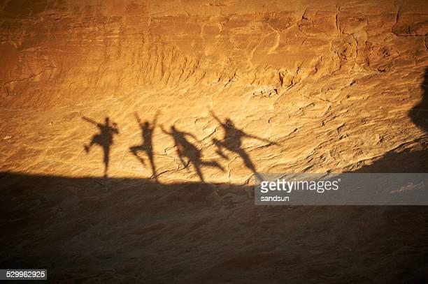 Danse les ombres