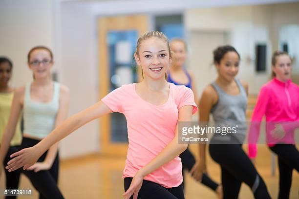 """Danse ensemble dans un cours d """" aérobic"""