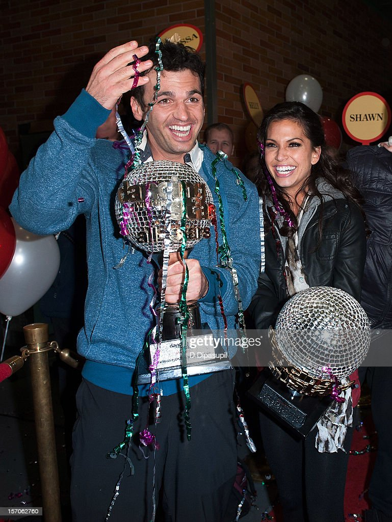 'Dancing With The Stars: All Stars' winners <a gi-track='captionPersonalityLinkClicked' href=/galleries/search?phrase=Tony+Dovolani&family=editorial&specificpeople=4395523 ng-click='$event.stopPropagation()'>Tony Dovolani</a> (L) and <a gi-track='captionPersonalityLinkClicked' href=/galleries/search?phrase=Melissa+Rycroft&family=editorial&specificpeople=5761590 ng-click='$event.stopPropagation()'>Melissa Rycroft</a> arrive at ABC News' Good Morning America Times Square Studio on November 28, 2012 in New York City.