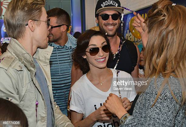 'Dancing With The Stars' Season 18 participants Derek Hough Meryl Davis Maksim Chmerkovskiy and Amy Purdy arrive to ABC's 'Good Morning America' at...