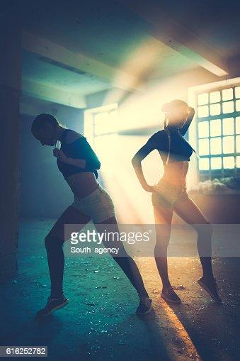 Mulheres Dança : Foto de stock