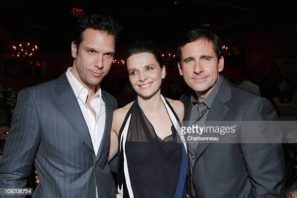 Dane Cook Juliette Binoche and Steve Carell at the World Premiere of Touchstone Pictures 'DAN IN REAL LIFE' at the El Capitan Theatre on October 24...