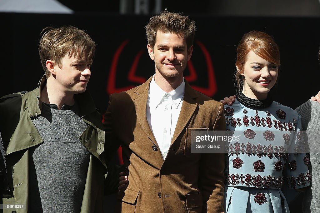 Dane Dehaan,<a gi-track='captionPersonalityLinkClicked' href=/galleries/search?phrase=Andrew+Garfield&family=editorial&specificpeople=4047840 ng-click='$event.stopPropagation()'>Andrew Garfield</a> and <a gi-track='captionPersonalityLinkClicked' href=/galleries/search?phrase=Emma+Stone&family=editorial&specificpeople=672023 ng-click='$event.stopPropagation()'>Emma Stone</a> attend the 'The Amazing Spider-Man 2: Rise Of Electro' Berlin Photocall at Sony Centre on April 15, 2014 in Berlin, Germany.