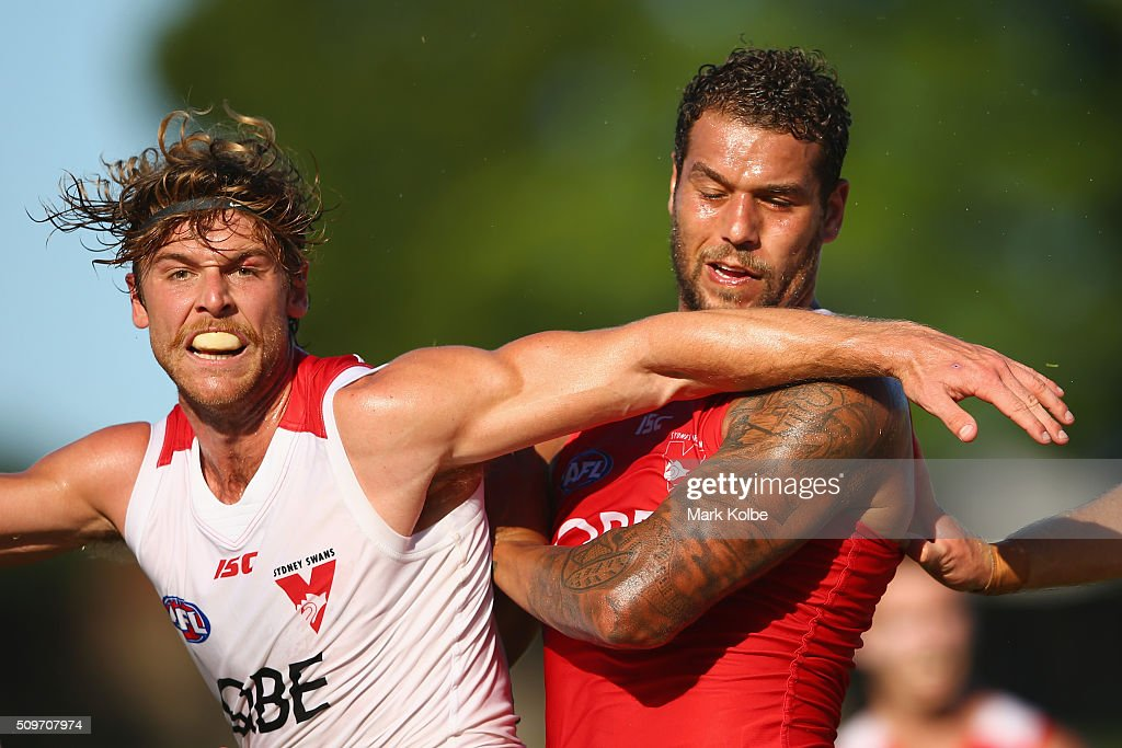 Dane Rampe of the White Team and <a gi-track='captionPersonalityLinkClicked' href=/galleries/search?phrase=Lance+Franklin&family=editorial&specificpeople=561332 ng-click='$event.stopPropagation()'>Lance Franklin</a> of the Red Team compete for the ball during the Sydney Swans AFL intra-club match at Henson Park on February 12, 2016 in Sydney, Australia.