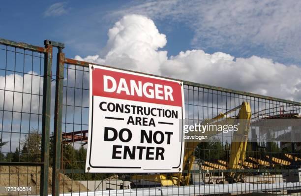 Signe de Danger sur un Site de Construction