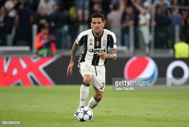 Dani Alves of Juventus during the UEFA Champions League semi final second leg match between Juventus Turin and AS Monaco at Juventus Stadium on May 9...