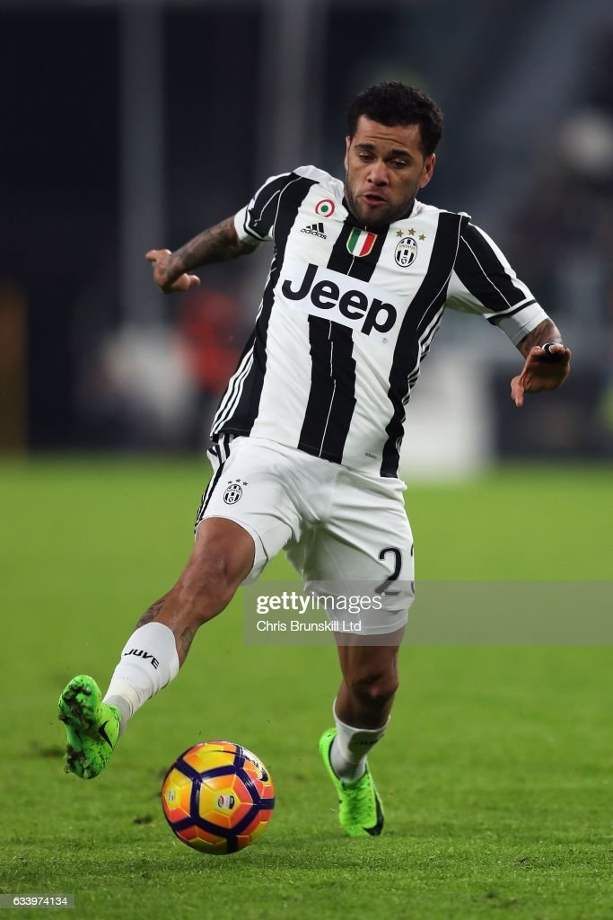 Dani Alves of Juventus FC in action during the Serie A match between Juventus FC and FC Internazionale at Juventus Stadium on February 5, 2017 in Turin, Italy.