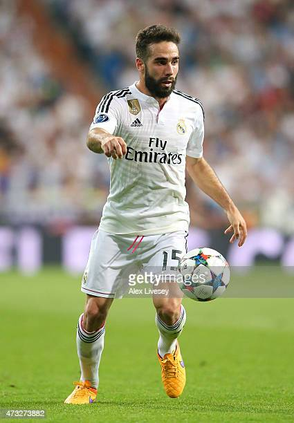 Dani Carvajal of Real Madrid CF controls the ball during the UEFA Champions League Semi Final second leg match between Real Madrid CF and Juventus at...