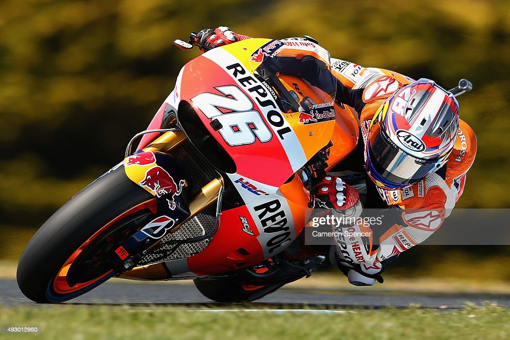 Dani Pedrosa of Spain and Repsol Honda rides during free practice for the 2015 MotoGP of Australia at Phillip Island Grand Prix Circuit on October 17, 2015 in Phillip Island, Australia.