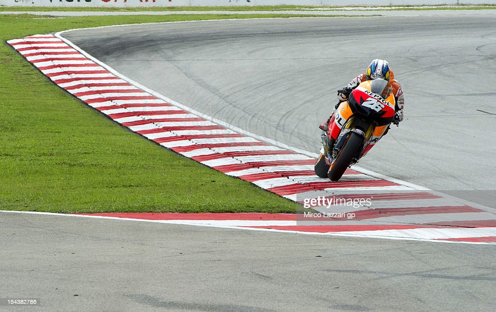 Dani Pedrosa of Spain and Repsol Honda Team heads down a straight during the free practice of the MotoGP Of Malaysia at Sepang Circuit on October 19, 2012 in Kuala Lumpur, Malaysia.