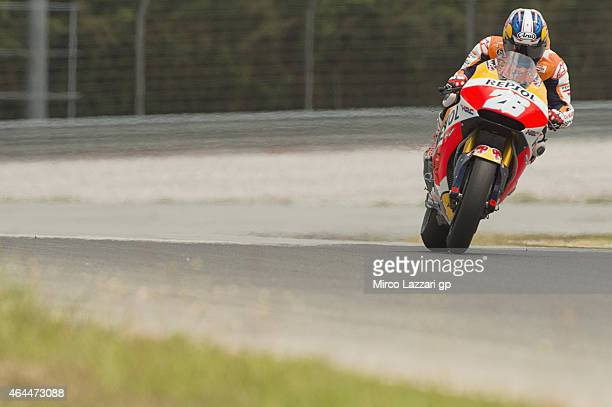 Dani Pedrosa of Spain and Repsol Honda Team heads down a straight during the Michelin test tyres during MotoGP Tests in Sepang Day Four at Sepang...