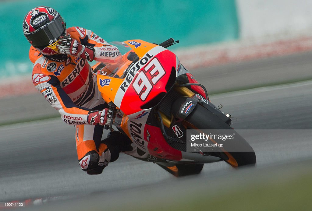 Dani Pedrosa of Spain and Repsol Honda Team rounds the bend during the MotoGP Tests in Sepang - Day Three at Sepang Circuit on February 5, 2013 in Kuala Lumpur, Malaysia.