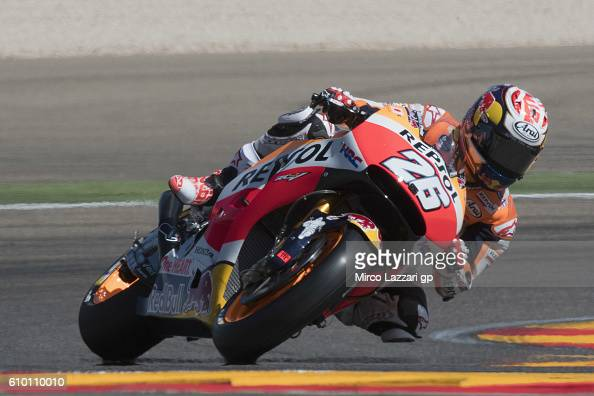 Dani Pedrosa of Spain and Repsol Honda Team rounds the bend during the qualifying practice during the MotoGP of Spain Qualifying at Motorland Aragon...