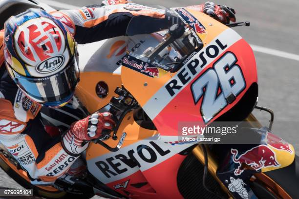 Dani Pedrosa of Spain and Repsol Honda Team rounds the bend during the MotoGp of Spain Qualifying at Circuito de Jerez on May 6 2017 in Jerez de la...