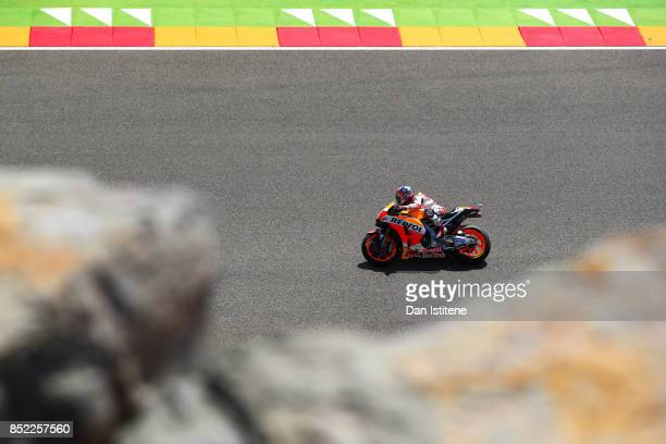 Dani Pedrosa of Spain and the Repsol Honda Team rides during qualifying for the MotoGP of Aragon at Motorland Aragon Circuit on September 23 2017 in...