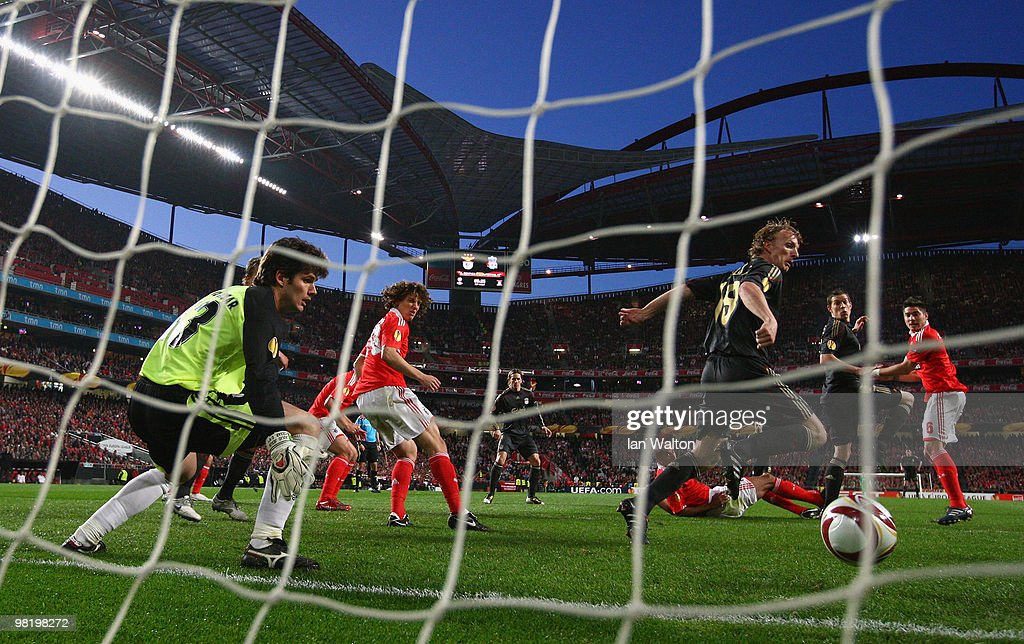 <a gi-track='captionPersonalityLinkClicked' href=/galleries/search?phrase=Daniel+Agger&family=editorial&specificpeople=605441 ng-click='$event.stopPropagation()'>Daniel Agger</a> of Liverpool scores the first goal during the UEFA Europa League quarter final first leg match between Benfica and Liverpool at Estadio da Luz Stadium on April 1, 2010 in Lisbon, Portugal.