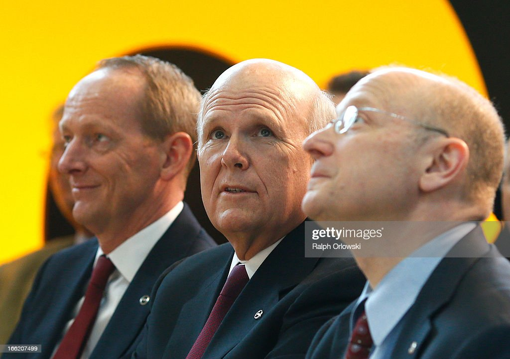 Daniel Akerson CEO of General Motors Steve Girsky GM ViceChairman and head of the Management Board of Opel and KarlThomas Neumann CEO of Opel attend...