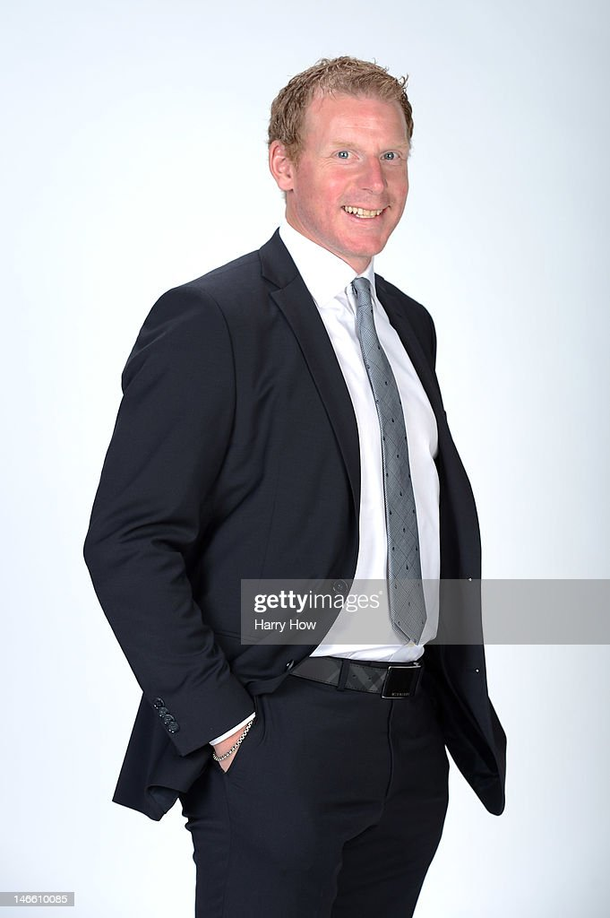 <a gi-track='captionPersonalityLinkClicked' href=/galleries/search?phrase=Daniel+Alfredsson&family=editorial&specificpeople=201853 ng-click='$event.stopPropagation()'>Daniel Alfredsson</a> of the Ottawa Senators poses for a portrait during the 2012 NHL Awards at the Encore Theater at the Wynn Las Vegas on June 20, 2012 in Las Vegas, Nevada.