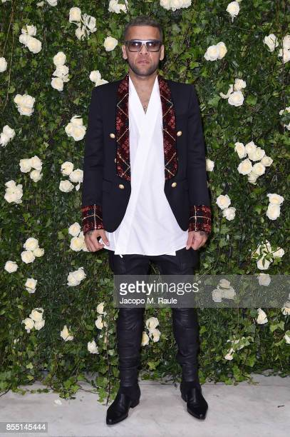 Daniel Alves attends the Balmain show as part of the Paris Fashion Week Womenswear Spring/Summer 2018 on September 28 2017 in Paris France