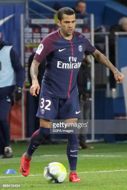 Daniel Alves in action during the French Ligue 1 soccer match between Paris Saint Germain and Lille at Parc des Princes