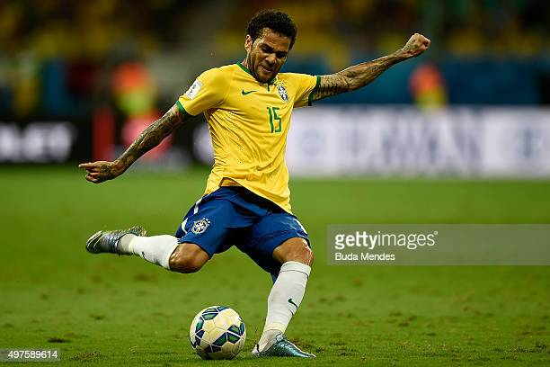 Daniel Alves of Brazil controls the ball during a match between Brazil and Peru as part of 2018 FIFA World Cup Russia Qualifiers at Arena Fonte Nova...