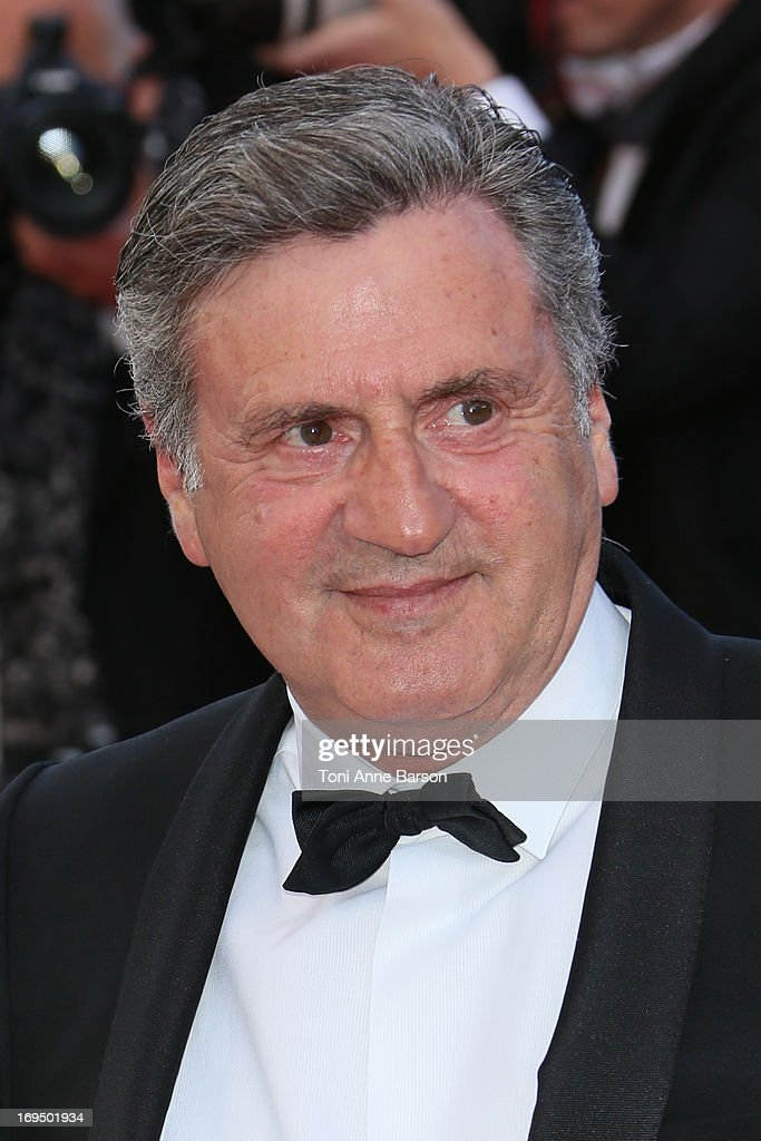 <a gi-track='captionPersonalityLinkClicked' href=/galleries/search?phrase=Daniel+Auteuil&family=editorial&specificpeople=239190 ng-click='$event.stopPropagation()'>Daniel Auteuil</a> attends the Premiere of 'La Venus A La Fourrure' at The 66th Annual Cannes Film Festival on May 25, 2013 in Cannes, France.