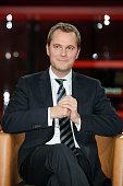 Daniel Bahr in der TalkShow 'GUENTHER JAUCH' am in Berlin Thema der Sendung Schicksal Alzheimer und wer kuemmert sich dann um mich