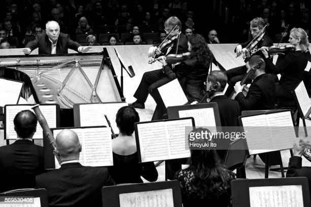 Daniel Barenboim from the piano leads the Staatskapelle Berlin in Mozart'u2019s 'Piano Concerto No 27' at Carnegie Hall on Thursday night January 19...
