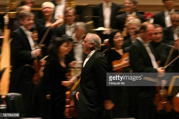 Daniel Barenboim leading the Chicago Symphony Orchestra at Carnegie Hall on Saturday night November 5 2005This imageDaniel Barenboim and members of...