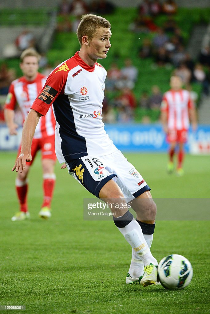 Daniel Bowles of United looks to pass the ball during the round seventeen A-League match between Melbourne Heart and Adelaide United at AAMI Park on January 18, 2013 in Melbourne, Australia.