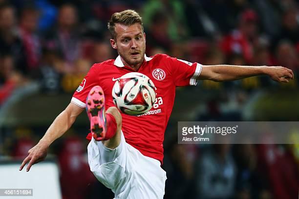 Daniel Brosinski of Mainz controles the ball during the Bundesliga match between 1 FSV Mainz 05 and 1899 Hoffenheim at Coface Arena on September 26...