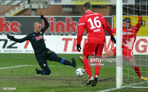 Daniel Brueckner of Paderborn scores his team's 2nd goal during the Second Bundesliga match between SC Paderborn and Union Berlin at the Energie Team...