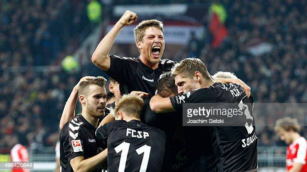 Daniel Buballa Marc Rzatkowski Philipp Ziereis Goalgetter Lennart Thy and Lasse Sobiech of St Pauli celebrate the 30 for St Pauli during the Second...