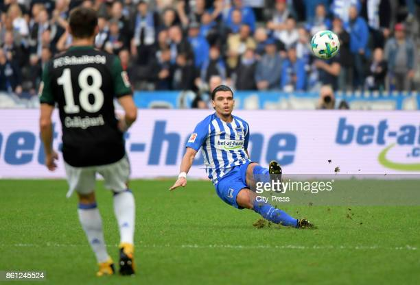 Daniel Caligiuri of FC Schalke 04 and Karim Rekik of Hertha BSC during the game between Hertha BSC and Schalke 04 on october 14 2017 in Berlin Germany