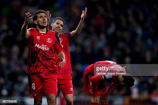 Daniel Carrico of Sevilla FC protests to the referee during the La Liga match between Real Madrid CF and Sevilla FC at Estadio Santiago Bernabeu on...