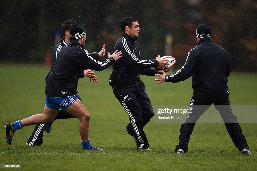 Daniel Carter of the All Blacks runs through drills during a training session at the University of Glamorgan training fields on November 20, 2012 in Cardiff, Wales.