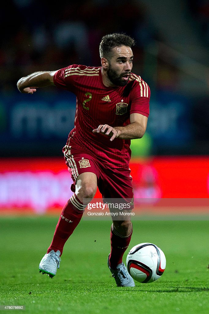 Daniel Carvajal of Spain controls the ball during the international friendly match between Spain and Costa Rica at Reino de Leon Stadium on June 11...