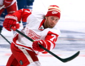 Daniel Cleary of the Detroit Red Wings wearing a Winter classic toque shoots during warmup before NHL action at the Air Canada Centre December 21...