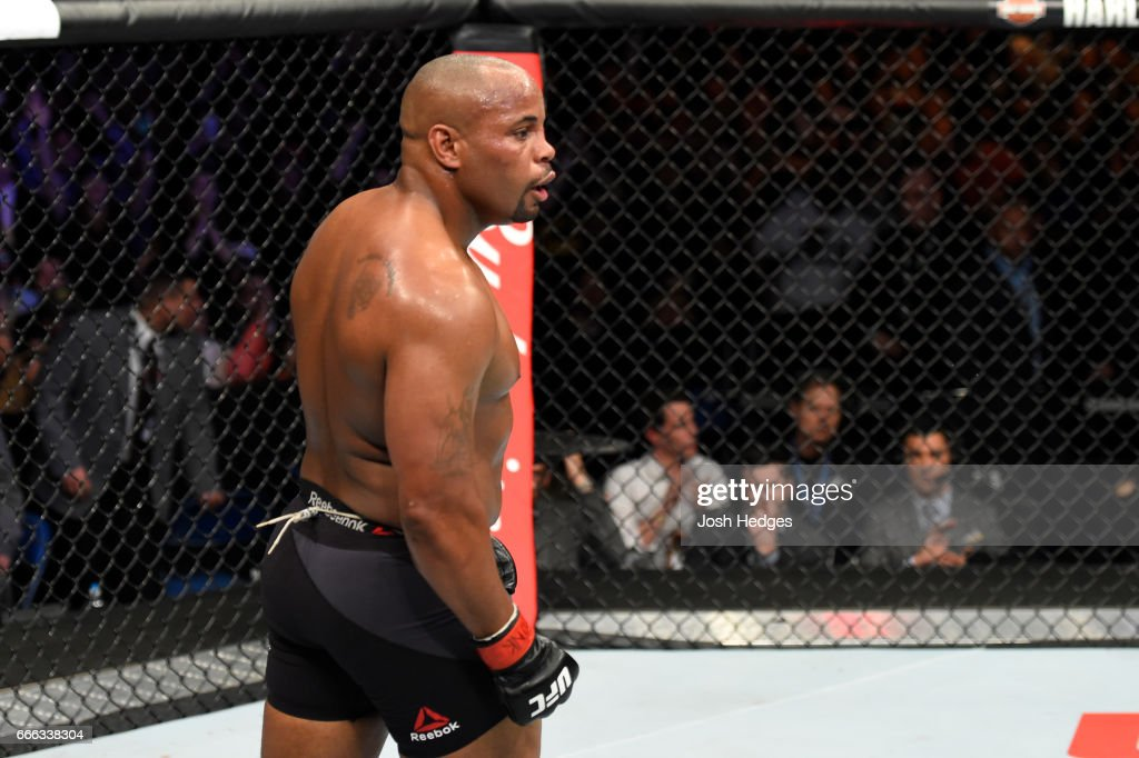 UFC 210: Cormier v Johnson 2