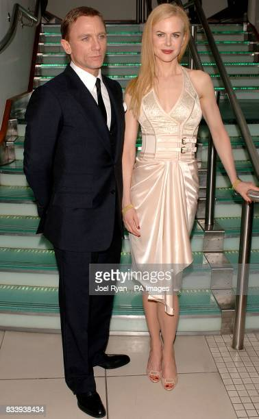 Daniel Craig and Nicole Kidman arrive for the premiere of The Golden Compass at the Odeon West End Cinema Leicester Square London
