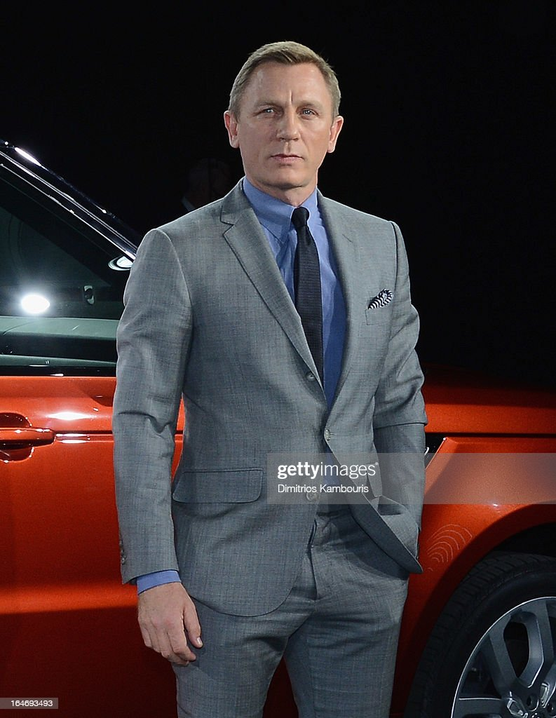 Daniel Craig attends the Range Rover Sport world unveiling at the 2013 New York Auto Show at Skylight at Moynihan Station on March 26, 2013 in New York City.
